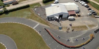 le batiment de promosports karting